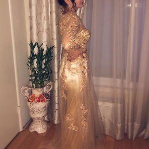 'Meier'Women's Illusion Long Sleeve Formal Dress